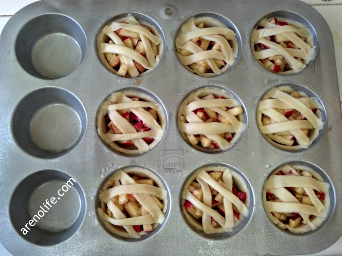 Before oven_mini apple pies